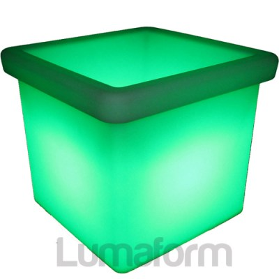 LED low square planter - green_watermarked.jpg